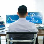 Managing your open trades like a pro trader